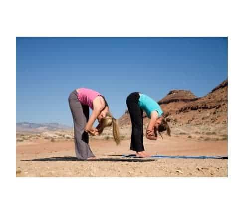 Động tác yoga giúp chữa đau gai thắt lưng