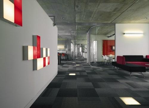 Nội thất văn phòng thú vị và thô mộc của Discovery ở Hà Lan