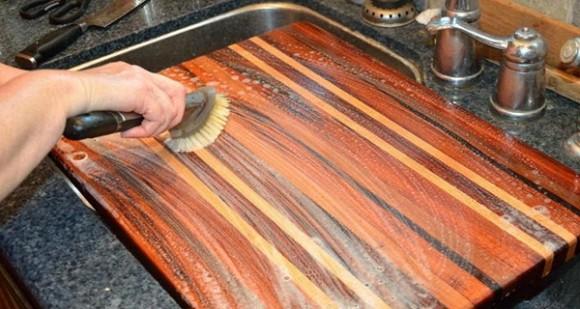 Mẹo vặt làm sạch nhà bếp cực nhanh