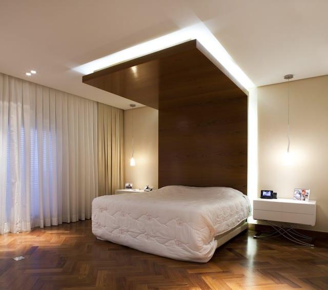 Ngắm căn hộ hiện đại với tông đỏ-đen-trắng ấn tượng