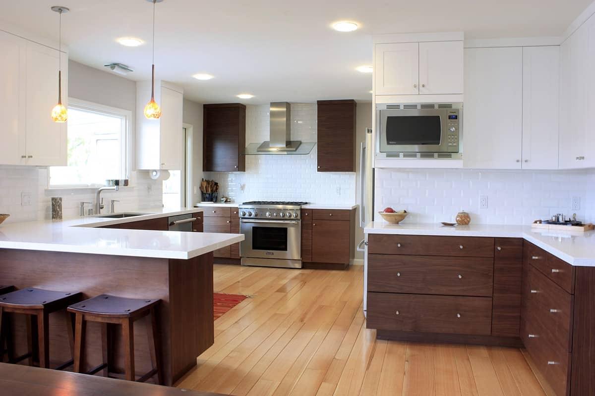 Những đường cong sáng tạo khi thiết kế tủ bếp