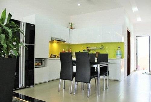 Nhà bếp trong thiết kế nhà phố 3 tầng đẹp